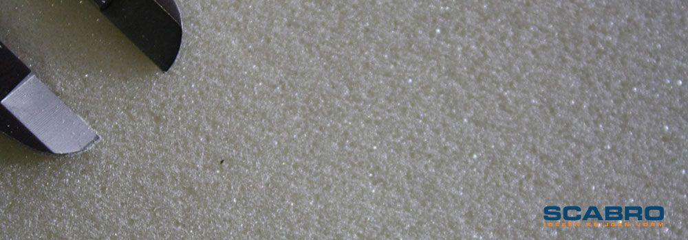 PUR 35. De schuifmaatbek geeft een afstand van 10mm aan.