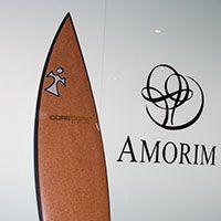 Surfboard gemaakt met een kern van CoreCork